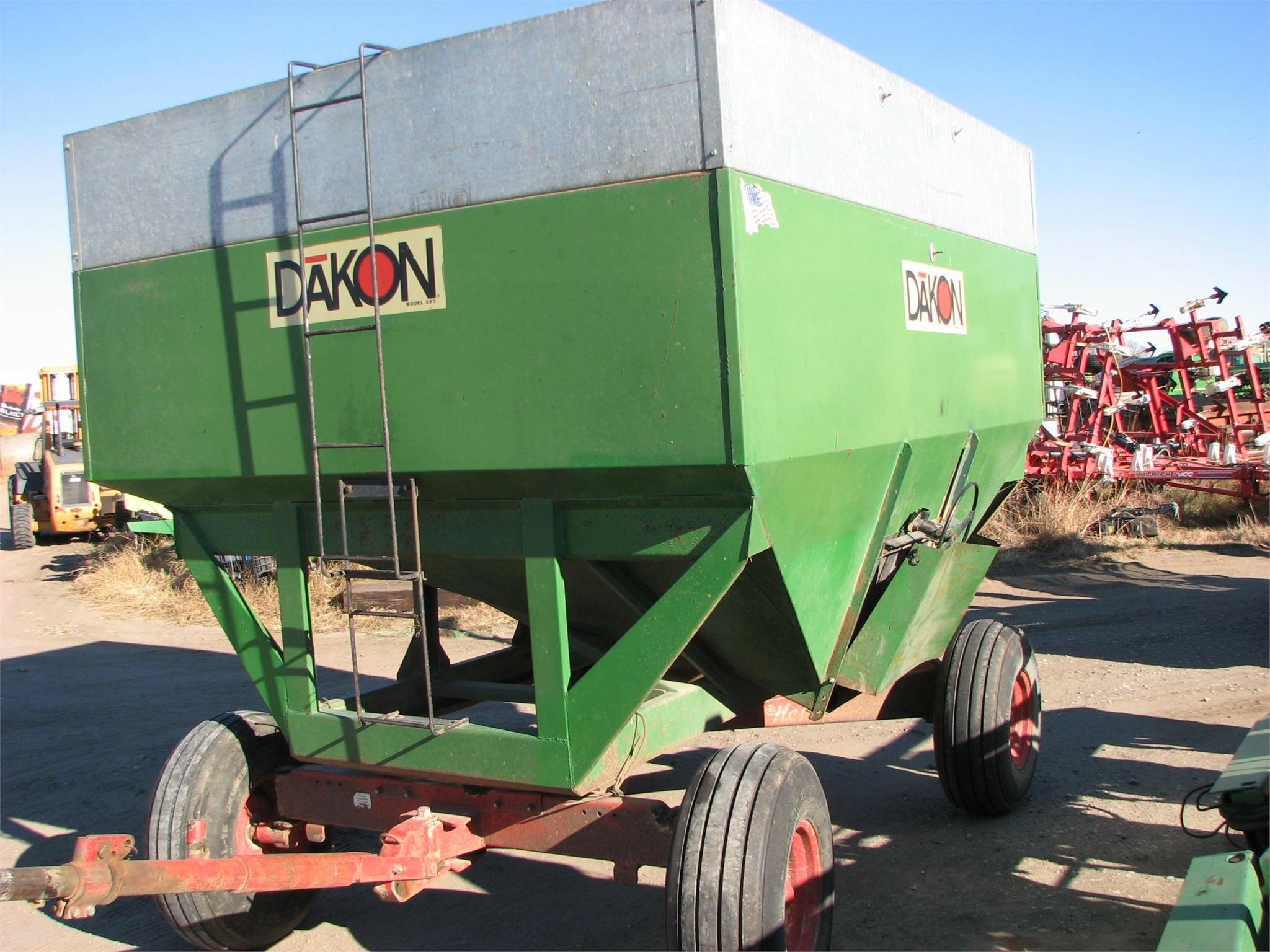 Dakon 280 Gravity Wagon