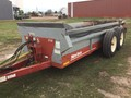 New Idea 3732 Manure Spreader