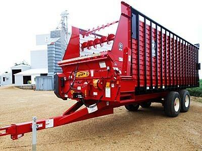 2020 Meyer RTX224 Forage Wagon