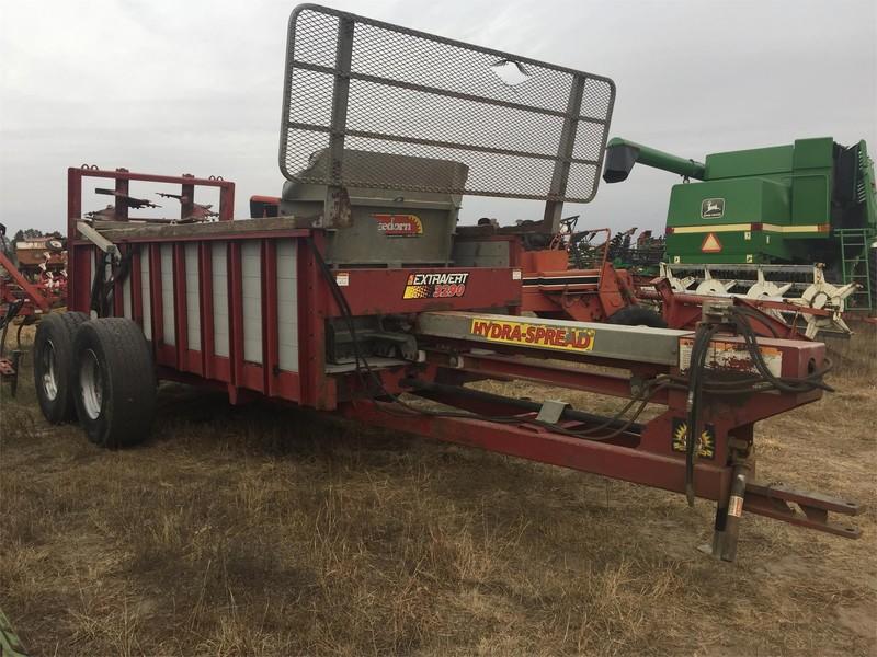 hydra spread manure spreader