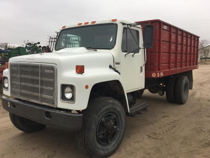 Grain Trucks For Sale >> 1981 International Loadstar Grain Truck Norfolk Nebraska