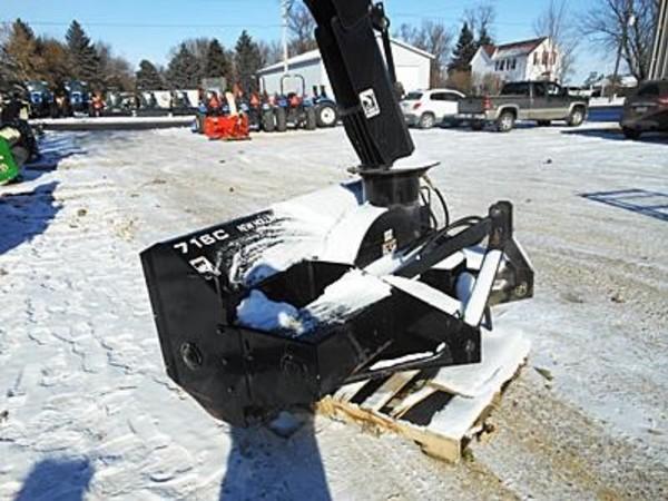 New Holland 716C Snow Blower