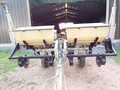New Idea 900 Planter