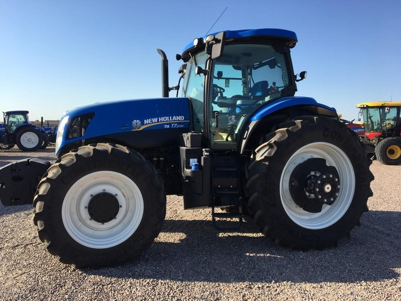 2015 New Holland T7 230 Tractor