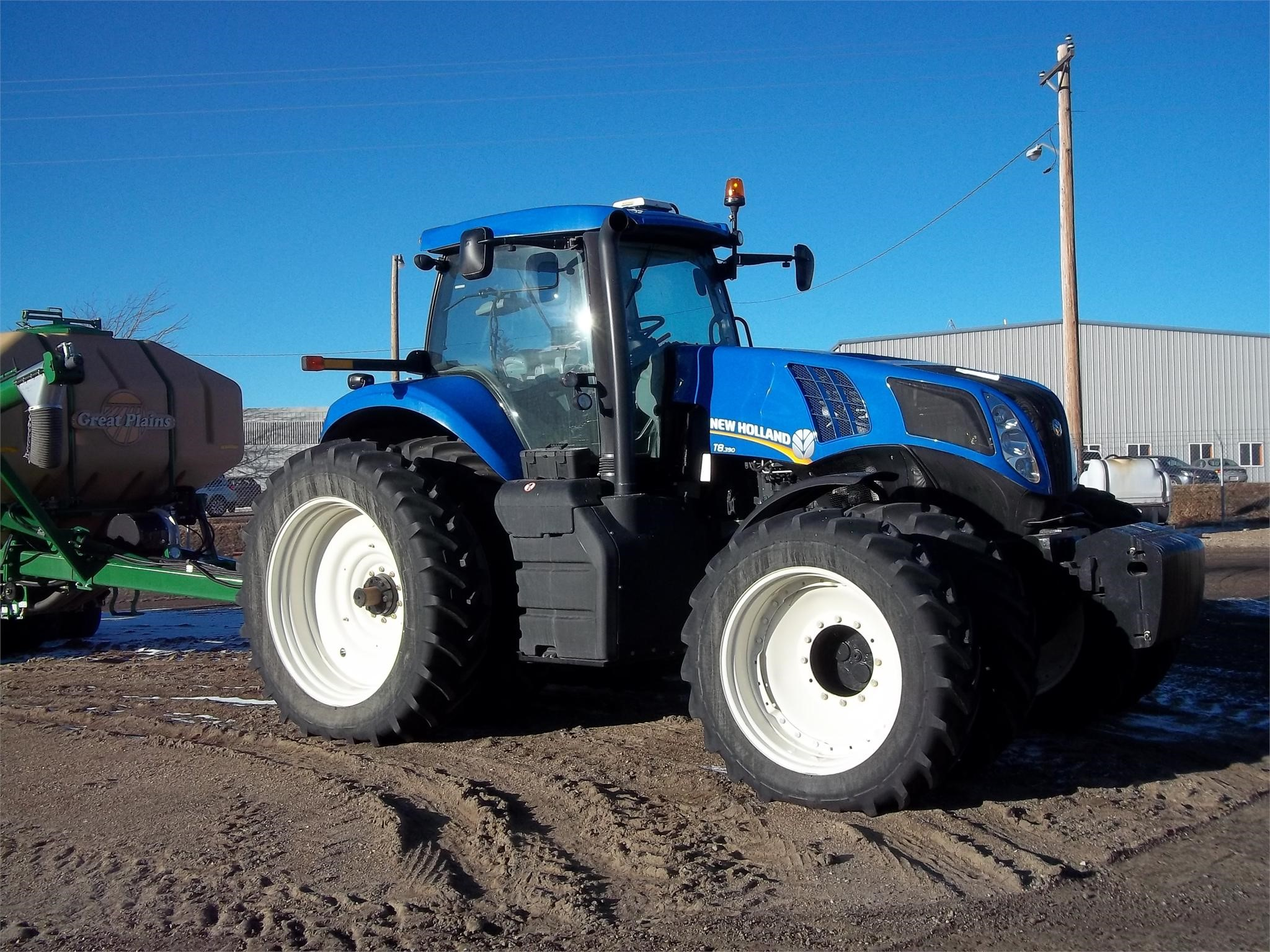 2014 New Holland T8.390 Tractor