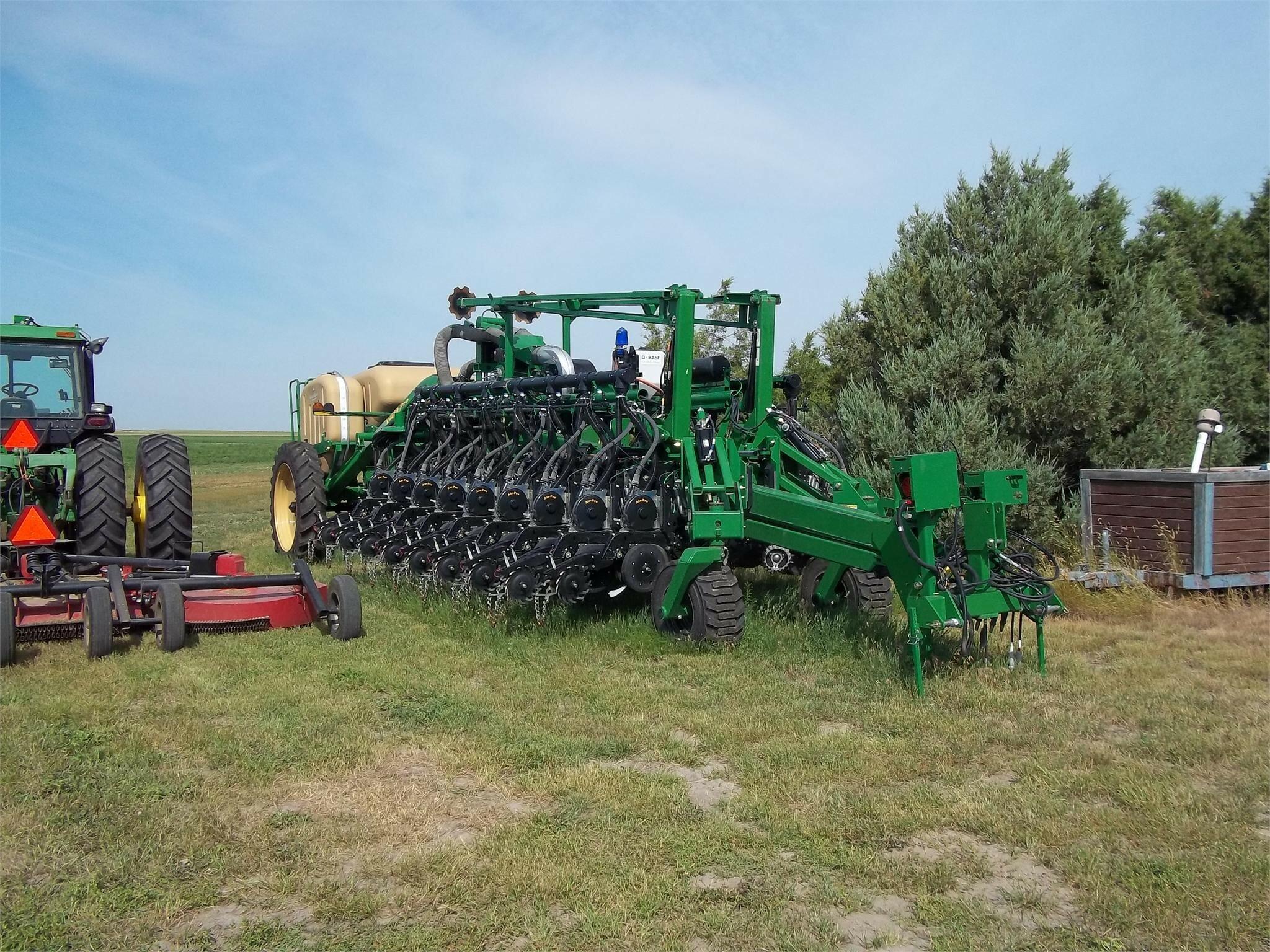 2014 Great Plains YP1625A Planter