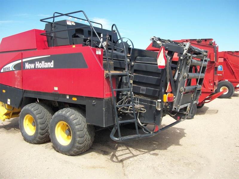 2007 New Holland BB960AS Big Square Baler