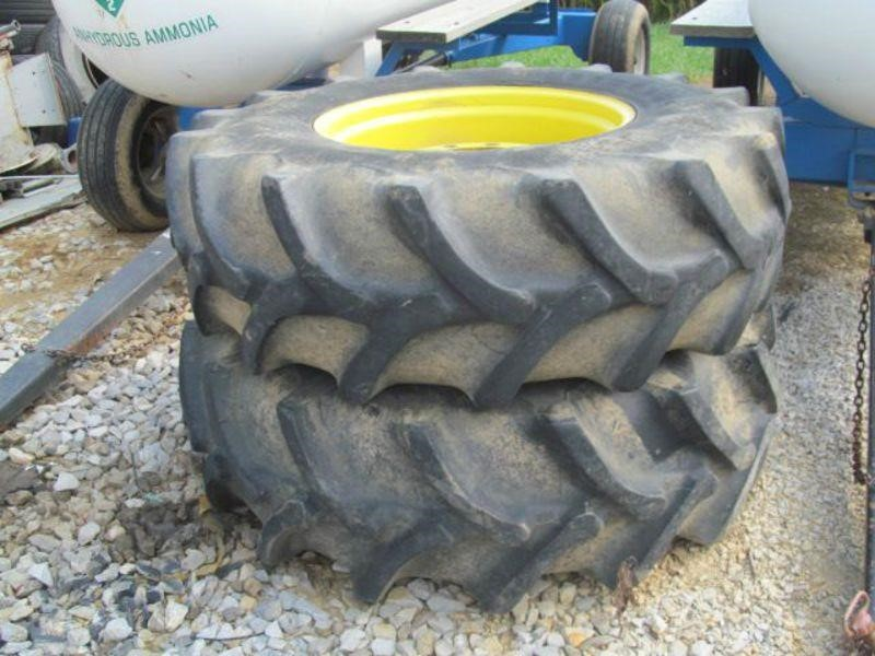 Firestone 18.4X28 Wheels / Tires / Track