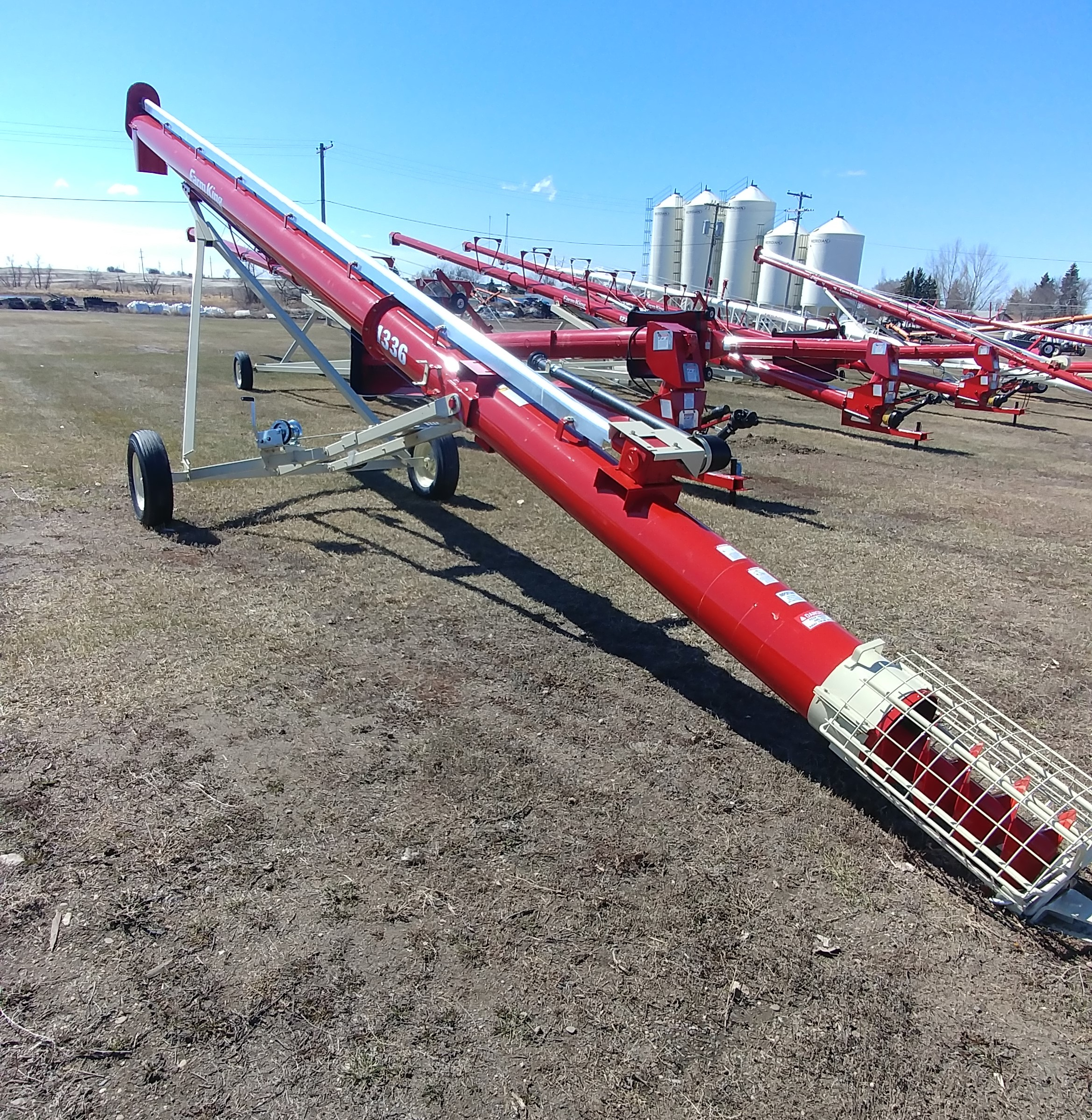 2018 Buhler Farm King 1336 Augers and Conveyor