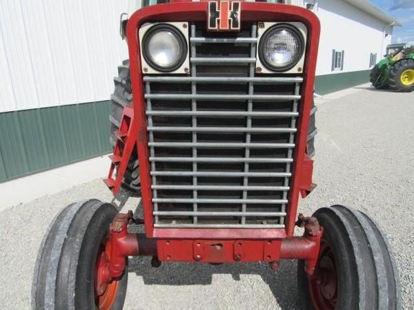 1969 International 1456 Tractor