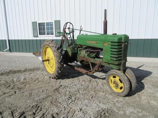 1939 John Deere H Tractor