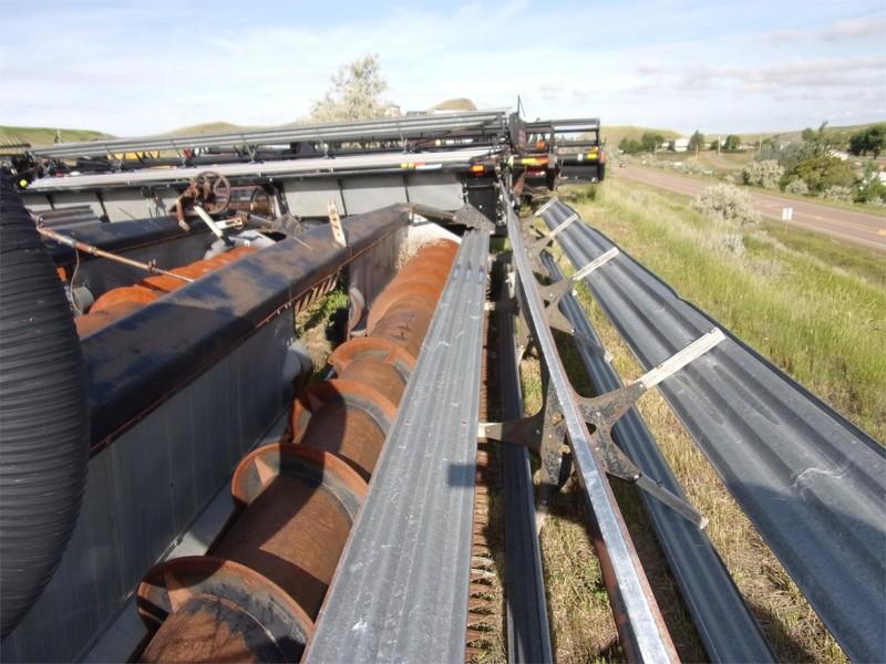 Gleaner 300 Platform