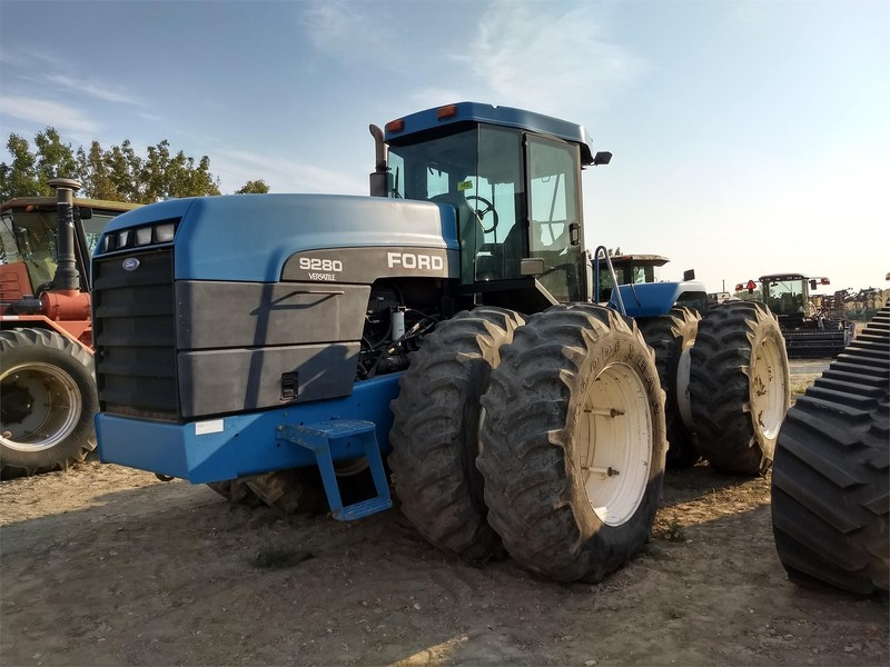 1994 Ford Versatile 9280 Tractor