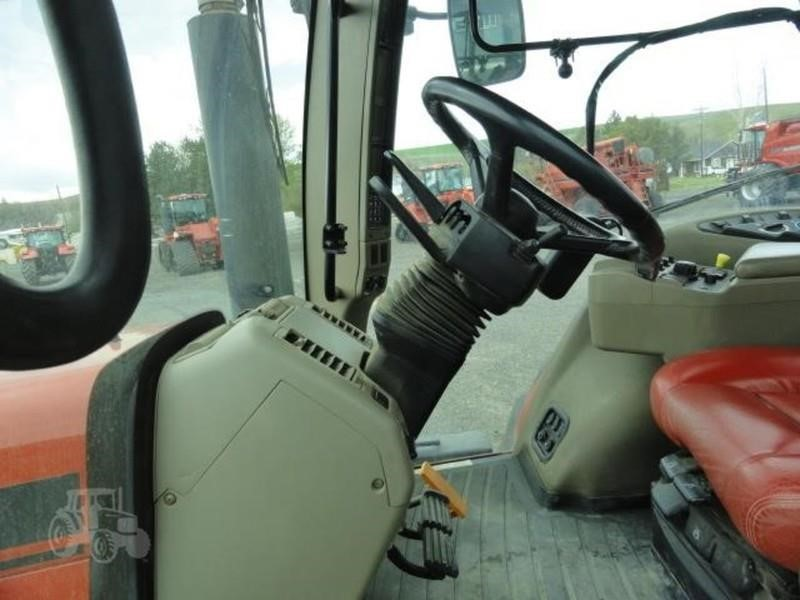 2009 Case IH Magnum 335 Tractor