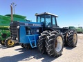 1989 Ford Versatile 946 Tractor