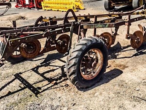 John Deere 4 Hay Stacking Equipment