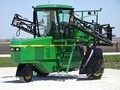 2002 John Deere 6700 Self-Propelled Sprayer