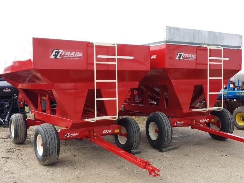 E-Z Trail 300 Gravity Wagon