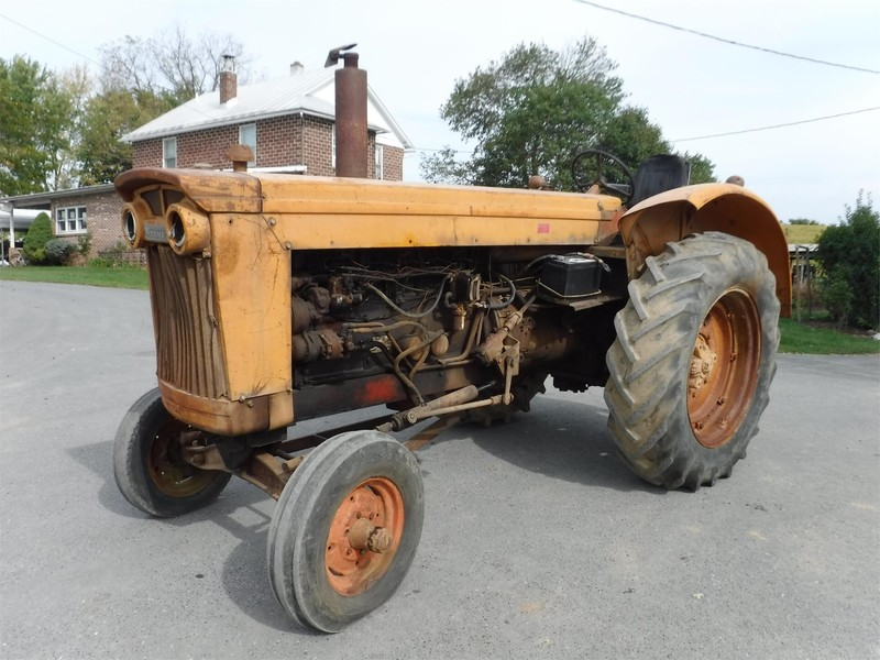1962 Minneapolis-Moline G-VI Tractor