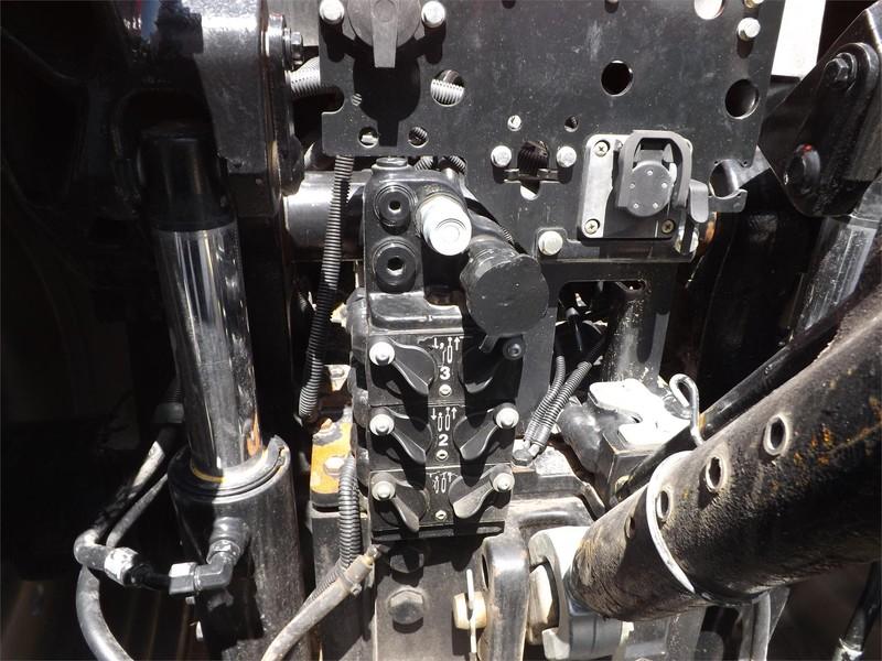 2014 Case IH Magnum 260 Tractor