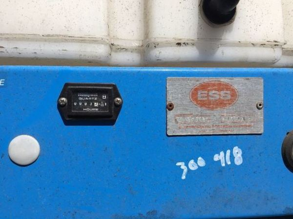 2013 Electrostatic 36NSPRYR Pull-Type Sprayer