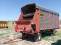 H & S SUPER 7+ 4 Forage Wagon