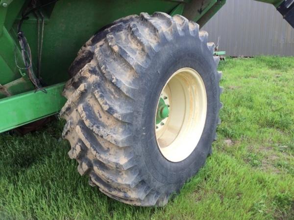 2014 Bigham Brothers GCX 850 Grain Cart