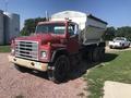 1987 International F1954 Semi Truck