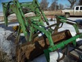 John Deere 265 Front End Loader