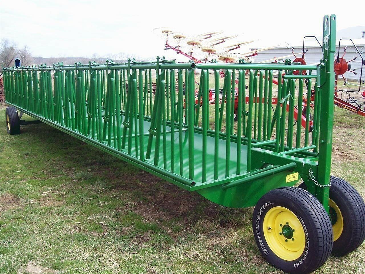 2020 Stoltzfus 524SKH Feed Wagon
