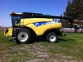 New Holland CR9040 Combine