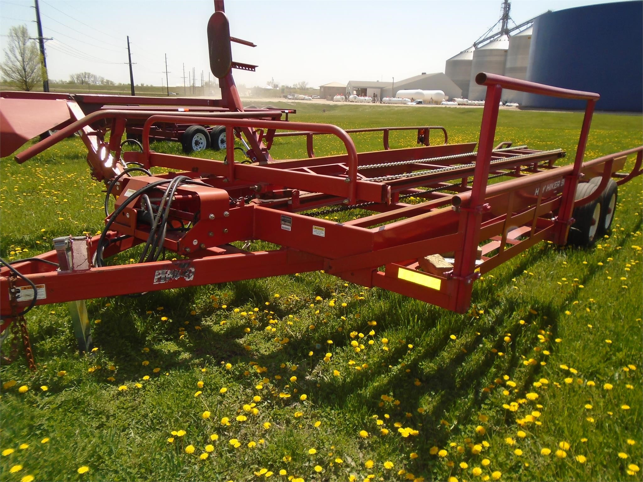 2013 ProAG Hay Hiker 900 Bale Wagons and Trailer
