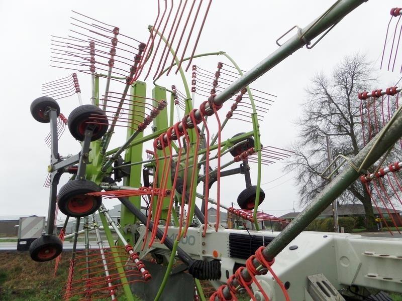 2011 Claas Liner 4000 Rake