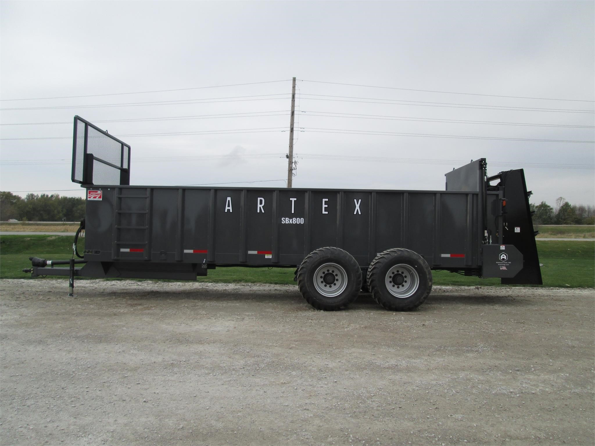 Artex SBX800 Manure Spreader