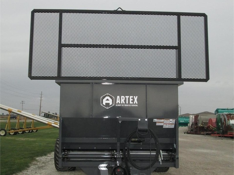 2017 Artex SBX800 Manure Spreader