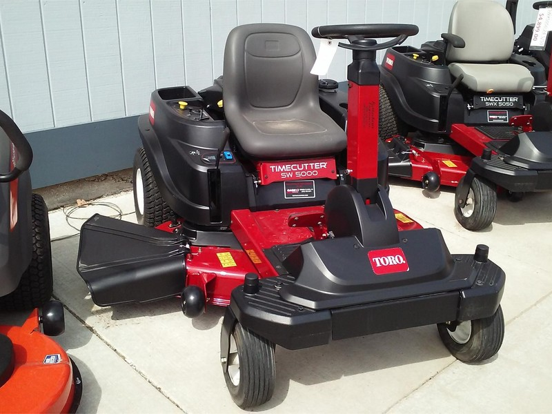 2017 Toro TimeCutter SW5000 Lawn and Garden