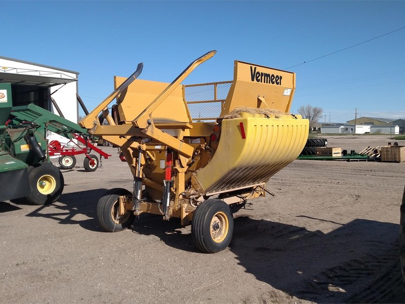 2004 Vermeer BP7000 Grinders and Mixer