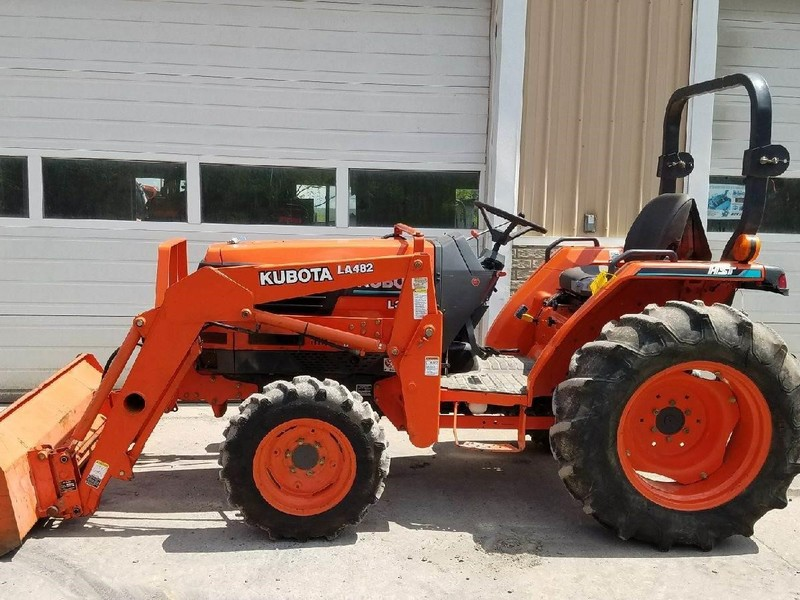 2002 Kubota L3010HST Tractor