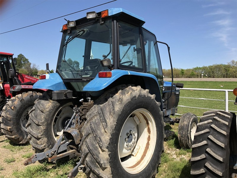 1995 New Holland 6640 Tractor