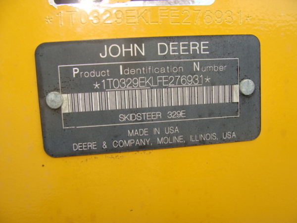 2015 Deere 329E Skid Steer