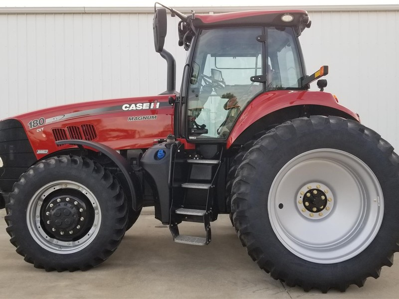 2015 Case IH Magnum 180 Tractor