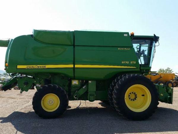 2011 John Deere 9770 STS Combine