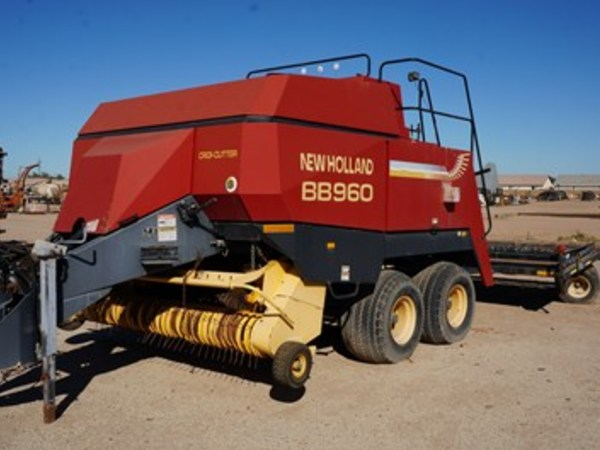 New Holland BB960 Big Square Baler