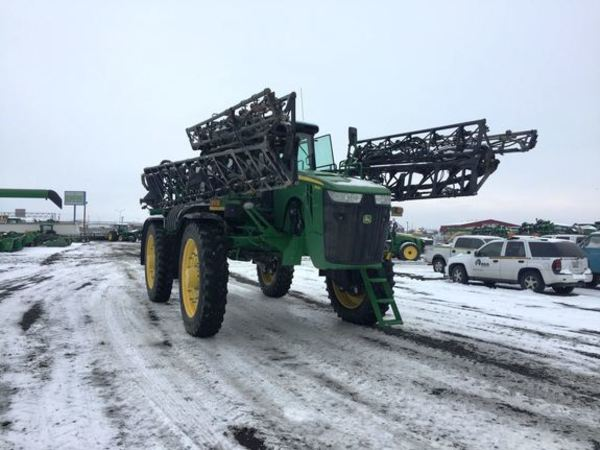 2014 John Deere 4940 Self-Propelled Sprayer