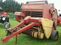 New Holland 846 Round Baler