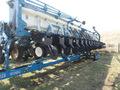2001 Kinze 3650 Planter