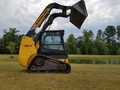 2012 New Holland C227 Skid Steer