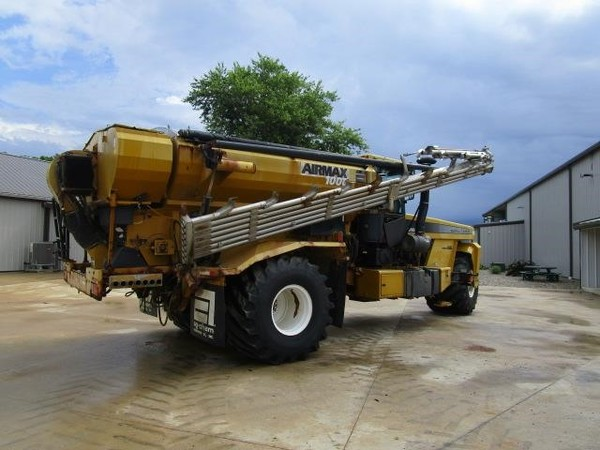 2003 Ag-Chem Terra-Gator 8103 Self-Propelled Fertilizer Spreader