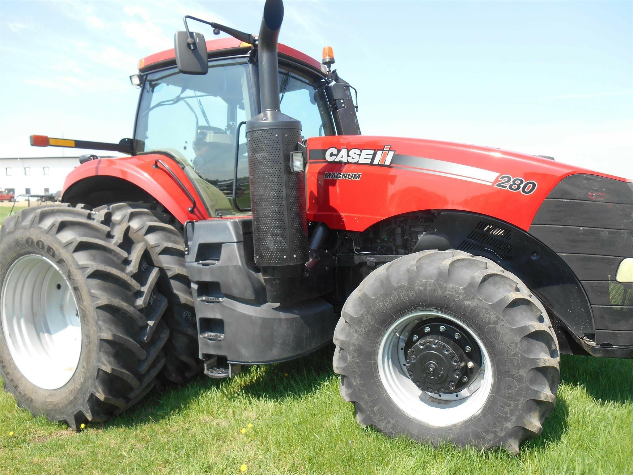 2014 Case IH Magnum 280 Tractor