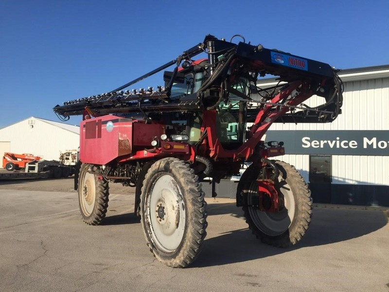 2007 Miller Nitro 3275HT Self-Propelled Sprayer